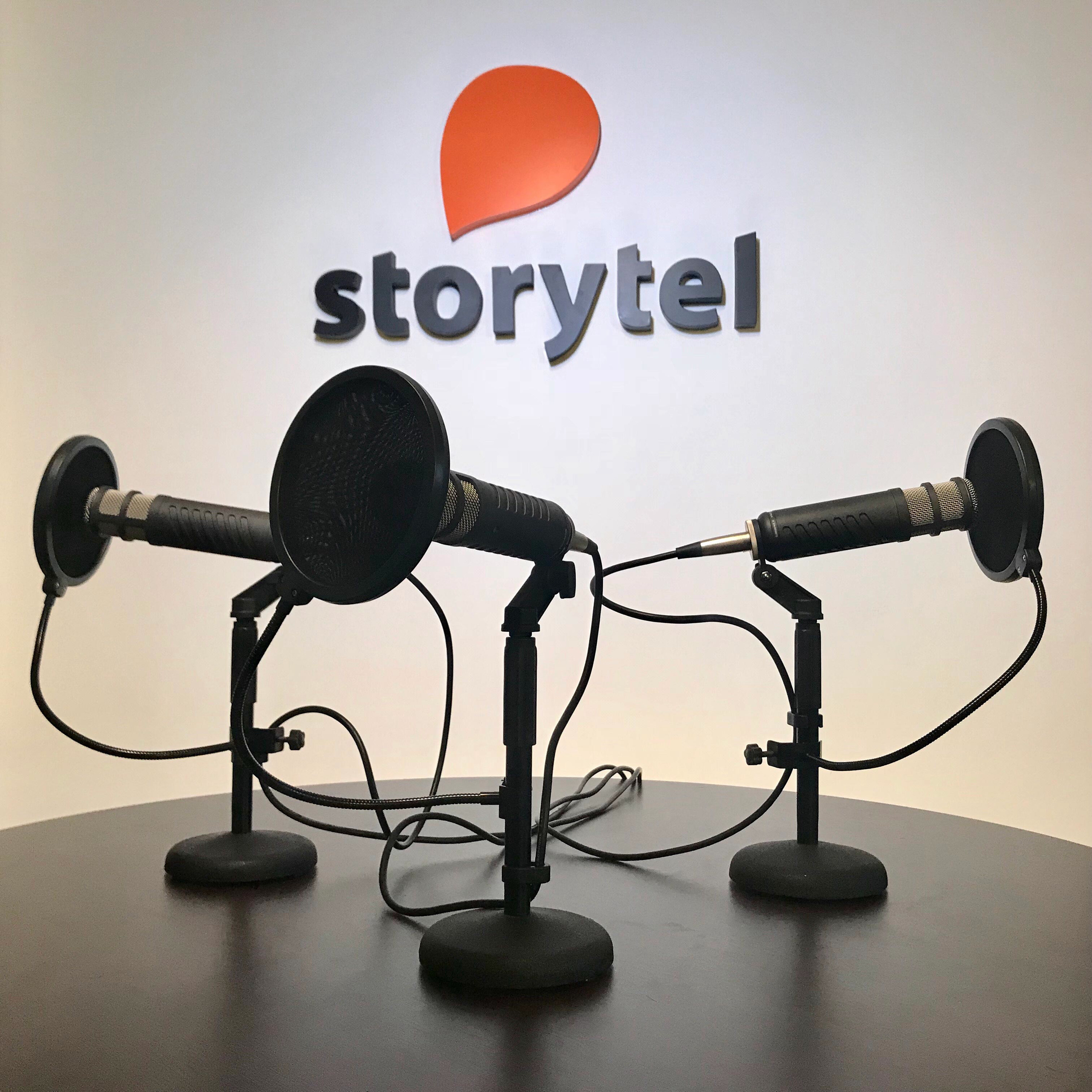 stand interview podcast series - HD1400×1400